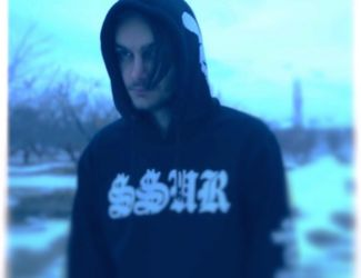 دانلود موزیک ویدیو جدید امیر به نام یه شب آرامش