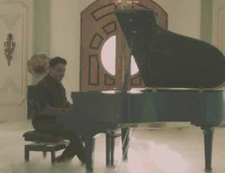دانلود موزیک ویدیو علی مرعشی به نام خاطره ها