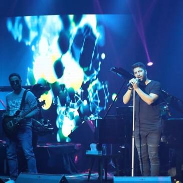کنسرت زانیار خسروی در پنجمین شب جشنواره فجر